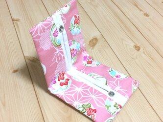 【動画あり】ボックスティッシュから詰替え!! 和柄 花紋麻の文様 生成帆布 折りたたみ 携帯ティッシュケース ピンクの画像