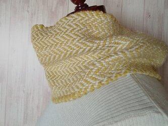 メリノウールの手織りスヌード ヘリンボーンの画像