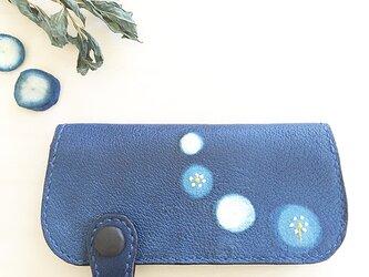 藍染め(蛍絞り)長財布の画像