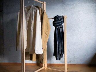 木組みで製作 ハンガーラック 自然塗料 ハンガーパイプ、服掛け、桧、松の画像