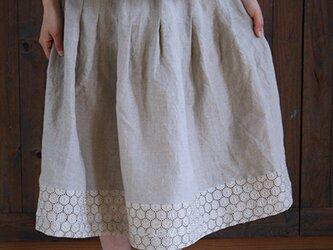 [予約販売] ヨーロッパリネンサークル刺繍タックスカート **卒園 卒業式 入学式 フォーマル 冠婚葬祭 ブライダルの画像