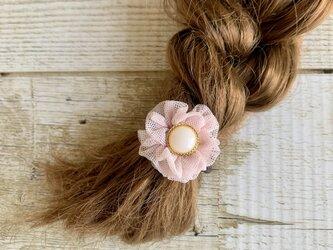 大人かわいい春夏小さめお花ヘアゴム(桜色)チュール ボタン flowerの画像