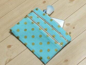 3段ファスナー 春色の水色&ゴールドドット フラットポーチ(帆布風裏布付き)の画像