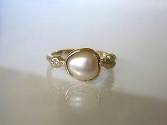 パールとダイヤとリーフの指輪(K10)の画像