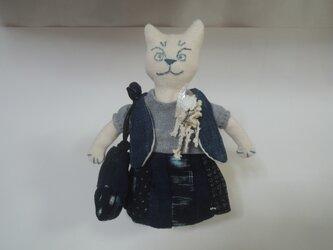 お洒落な猫のブローチその4の画像
