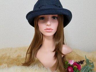 フリル×フィット帽子   ソフトデニムの画像