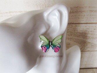 胡蝶のピアス【イヤリング変更可】の画像