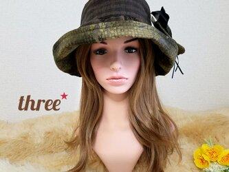 ★ギャザーフリル 帽子★コサージュ付き    ブラウンの画像
