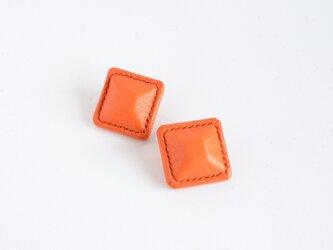 """【レザーピアス/イヤリング】 Airas~square~ """"orange""""の画像"""