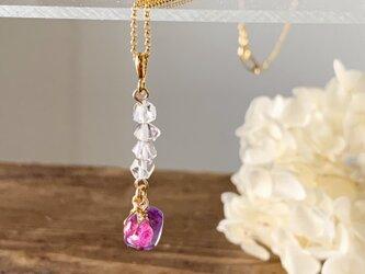 夢膨らむネックレス(原石のハーキマーダイヤモンド/2月の誕生石「アメシスト」/7月の誕生石「ルビー」)の画像