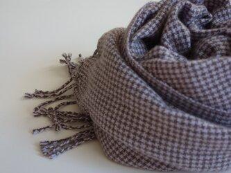 手織りカシミアストール・・ラベンダー×ココアの千鳥格子の画像