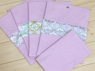 便利に2か所入るマスクケース★ピンク帆布✖ダマスク柄の画像