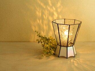 クリアガラスのテーブルランプの画像