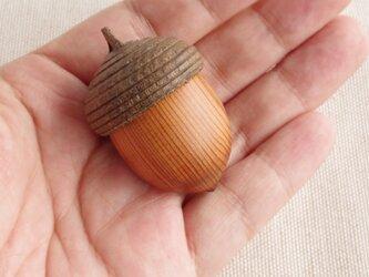 日本のどんぐりシリーズ オキナワウラジロガシの木彫アロマディフューザー(ペンダント・ルームフレグランス)受注制作の画像