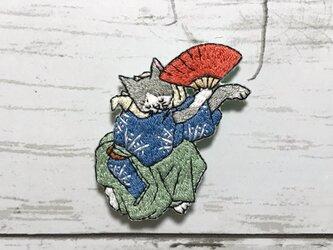 手刺繍浮世絵ブローチ*歌川広重「猫の鰹節渡り」よりの画像