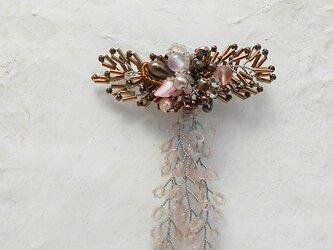 枝垂桜のコサージュブローチAの画像