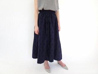 【TallさんからShortさんまで】オーダー着丈ジャガードドットスカート <ネイビー>の画像