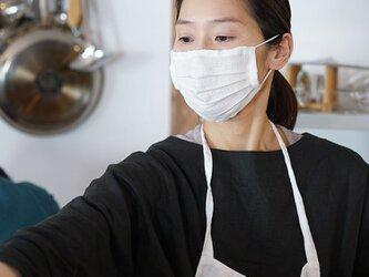 【wafu】【ホワイト・プリーツ】リネン 夏マスク マスク Wガーゼリネン100% 抗菌 防臭/z021a-wht2の画像