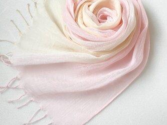 かろやかコットンシルク*薄桜色×淡黄色*手染めのストールの画像