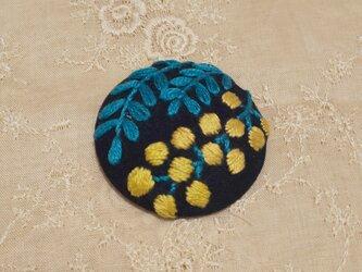 刺繍ブローチ・mimosa( ネイビー)の画像