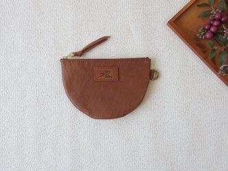 本革の半円ポーチ(brown)の画像