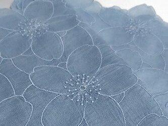 藍染 刺繍 ハンカチ 花浅葱の画像
