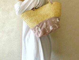 かご トートバッグ 帆布 ラベンダー & チュール 花柄 ホワイト & 本革 シルバー箔押しピンクの画像