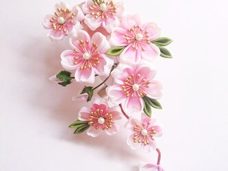 つまみ細工〜桜の髪飾り〜の画像
