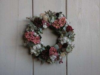 ピンクのバラのミニリース の画像