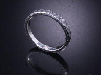 【刻印無料】 指輪 メンズ レディース :小花 鎚目 シルバー リング 3mm幅 4~27号 槌目 シンプル ペアリングの画像