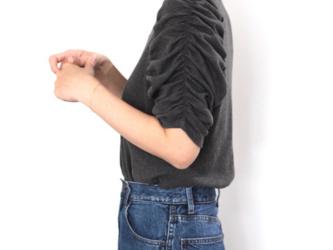 形にこだわった ブッファンスリーブ Tシャツ(ギャザー袖)【サイズ・色展開有り】の画像