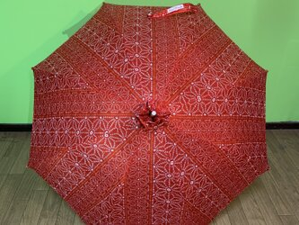 日傘 de 着物 赤絞りの画像