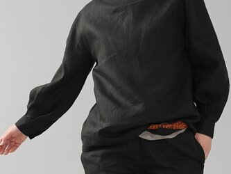 【wafu】中厚 リネン ブラウス ボトルネック タック袖ドロップショルダー カフス袖/ブラック t004d-bck2の画像