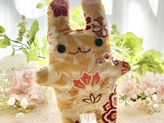 和柄☆ベージュの花柄フニータの画像