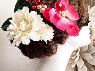 花kirari 真っ赤な胡蝶蘭とダリアの髪飾り7点Set No726の画像