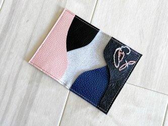 クールな革と刺繍 カードケース 本革 レザー 名刺入れ デニム風の画像