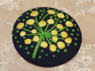 刺繍ブローチ・nanohanaの画像