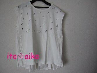 三日月いっぱい☆ふんわりシルエット☆コットンシャツ♪(シロ)の画像