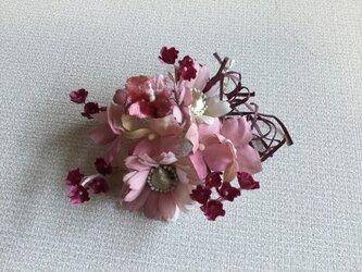 紫陽花と小花の画像