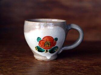 紅白椿のマグカップ①の画像