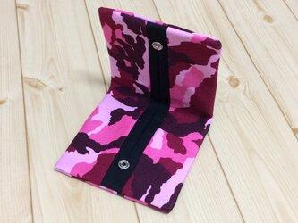 ピンクの迷彩柄✖キャンバス生地 折りたたみ 携帯ティッシュケースの画像