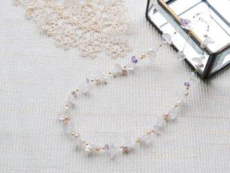 春色のナイロンコートワイヤーネックレス 桜14kgfの画像