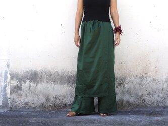 ビリジアングリーン/ラップスカート風パンツの画像