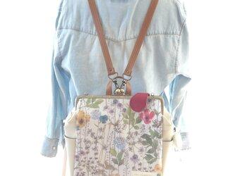 リバティファブリック3WAYリュック貴重品ポケット&ボトルポケット付き Irma×アイボリーの画像