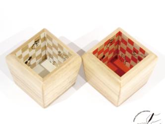 桐の酒枡 市松×猫 赤の画像