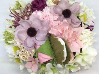 仏花     真珠の涙    福   (甘味のお供え付き仏花)(造花、仏壇、お供え、お盆、お彼岸)の画像