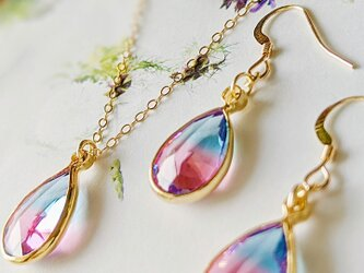 14kgf Cherry pink & Aqua blue crystal Drop ピアスorイヤリングの画像
