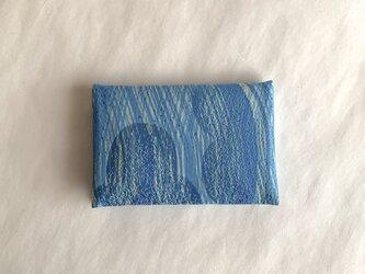 絹手染カード入れ(縦曲・渋青淡黄緑)の画像