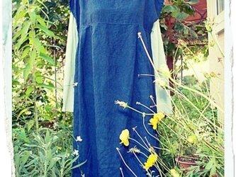 自然染め リネン タックワンピース(藍染め)の画像