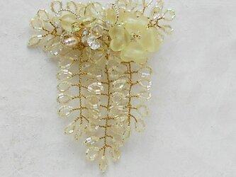 ミモザのコサージュブローチD(クリームイエロー)の画像